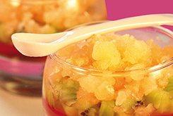Verrine marbré kiwi, granité melon et gelly de fraise au basilic